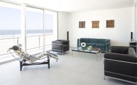 Livingroom West